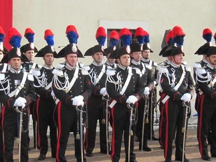 Cles presenta: Carabinieri allo specchio.