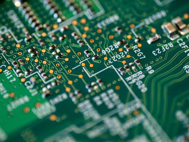 Intel investirà 80 miliardi di euro per produrre chip in Europa