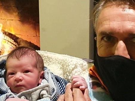 Batistuta diventa nonno: sui social presenta il nipotino Lautaro