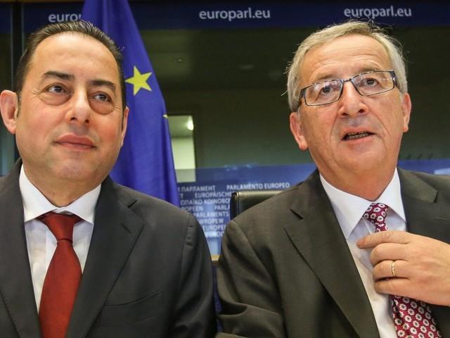 """Bruxelles lancia il Fiscal compact nel diritto europeo (ma con la flessibilità). Pittella a Huffpost: """"La proposta va fermata"""""""