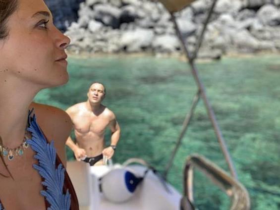 Claudio Santamaria e Francesca Barra, «noi innamorati dell'isola nera: è come tornare nella preistoria»