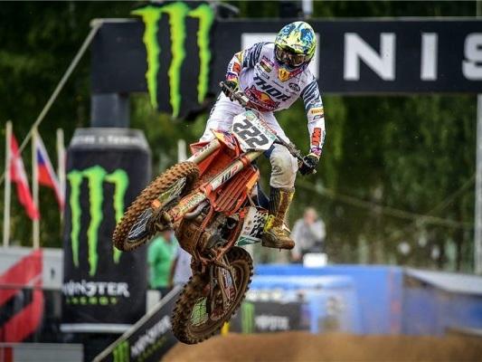 LIVE Motocross, GP Limburg MXGP 2020 in DIRETTA: Prado in testa a gara-2, sfida Cairoli-Gajser per il secondo posto