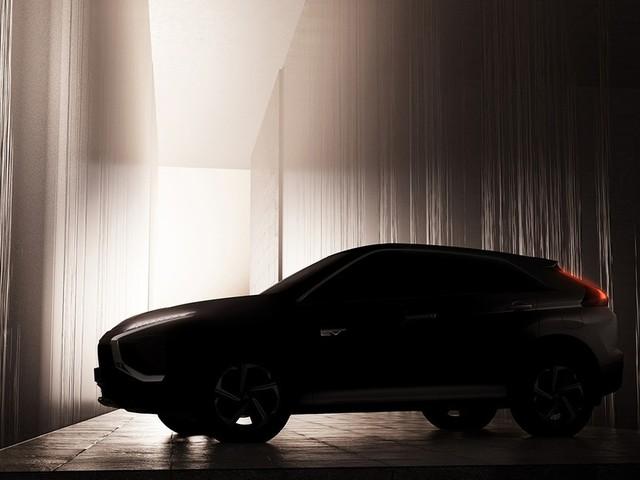 Mitsubishi Eclipse Cross, prima immagine teaser del restyling: arriverà nel 2021