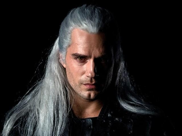 """Henry Cavill """"vive e respira"""" l'universo di The Witcher grazie ai videogiochi"""