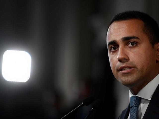 """Di Maio mette alla prova il Pd """"Ora il taglio dei parlamentari"""""""