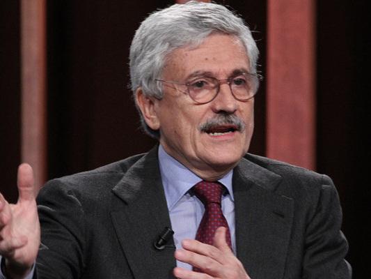 """""""Erdogansta bombardandoi nostrivalori, non solo i curdi"""", dice D'Alema"""