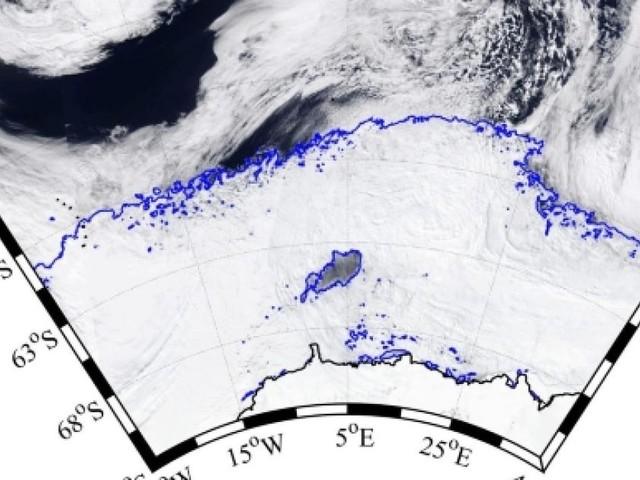 L'enorme buco nel ghiaccio antartico