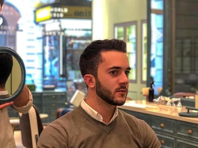 Il barbiere? si paga con i followers: taglio gratis per chi è popolare su Instagram