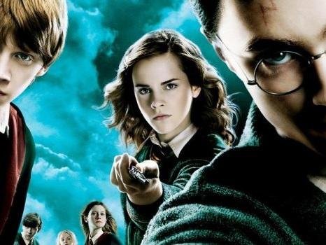 In arrivo una serie TV su Harry Potter? La Warner Bros. dice sì, ma la storia non è come sembra