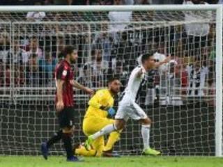 Cristiano Ronaldo Re di Supercoppa: la Juventus si gode l'8° successo, Milan furioso con Banti!