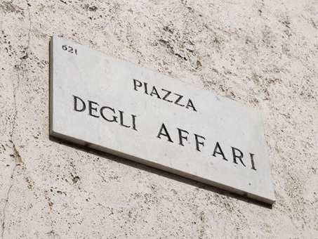 Euforica Milano e le Borse europee rassicurate dalla Fed