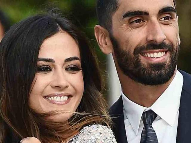 Giorgia Palmas e Filippo Magnini presentano la figlia appena nata: il nome