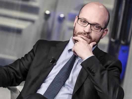 Salvini si è semplicemente staccato da chi si era venduto alla sinistra, dice Fontana