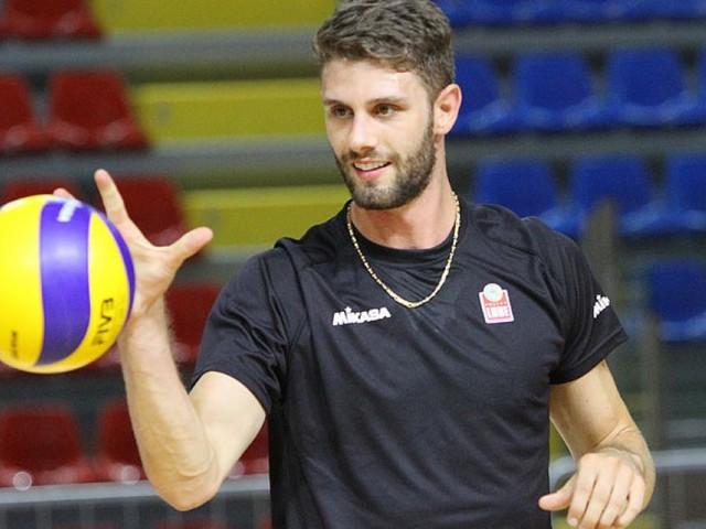 Lube Volley, il centrale Cester saluta la squadra dopo 4 anni: giocherà nel Verona
