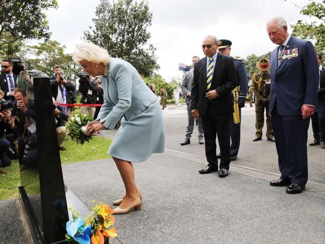 Secondo giorno per il principe Carlo e sua moglie Camilla in visita ad Auckland