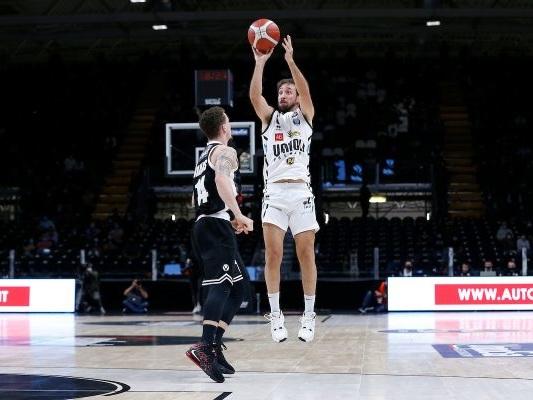Basket, Serie A 2020-2021: Poeta clamoroso, Cremona batte a domicilio la Virtus Bologna. Fortitudo a valanga su Trento