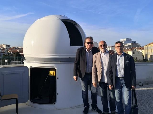 """Il M5S Marche contribuisce alla realizzazione dell'osservatorio astronomico all'IIS """"Da Vinci"""" di Civitanova Marche"""
