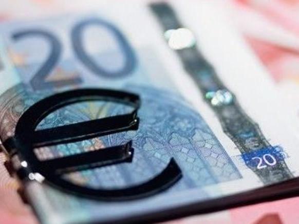 Debito pubblico sempre più costoso: più 17 miliardi di spesa per interessi nei prossimi tre anni