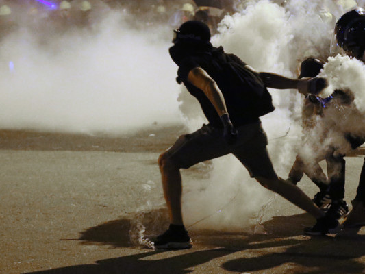 Dalle proteste al caos, cinque mesi di scontri a Hong Kong