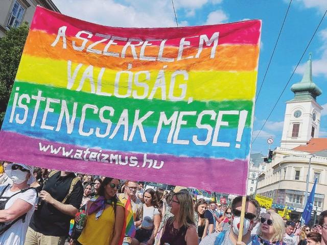 """Ungheria, duro scontro con Bruxelles. Orbàn: """"Attacco senza precedenti, non vogliamo la lobby Lgbtq nelle nostre scuole"""""""
