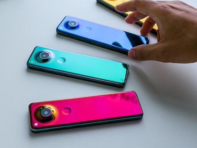 Essential di Andy Rubin ha rivelato Project Gem, uno smartphone dal design unico