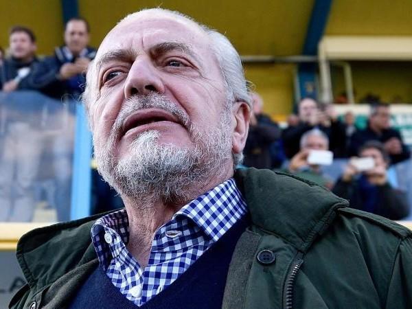 De Laurentiis: 'Difficile competere con Inter e Juve che si indebitano e con il Milan che e' sull'orlo del baratro'