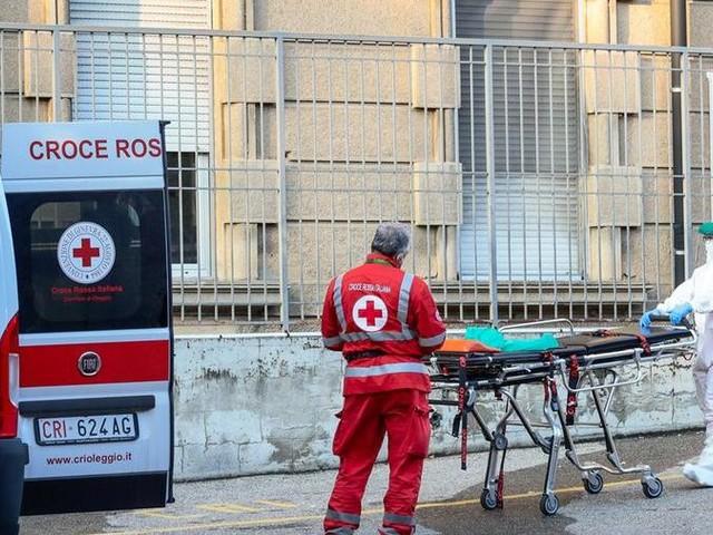 """""""La situazione negli ospedali è gravissima, con Pronto soccorso e reparti intasati"""""""