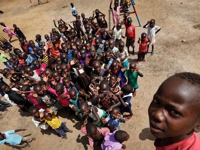 Un bimbo su 4 vive in zona di guerra o calamità naturali, sono a rischio 59 milioni