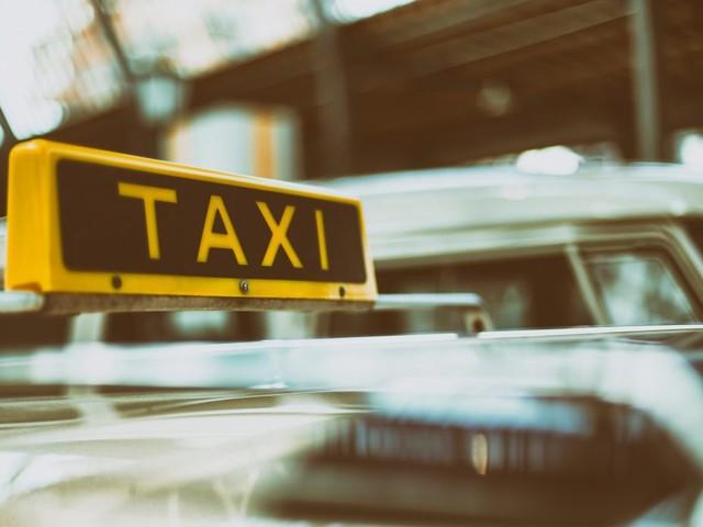Anche a Berlino la lobby dei tassisti sta bloccando Uber