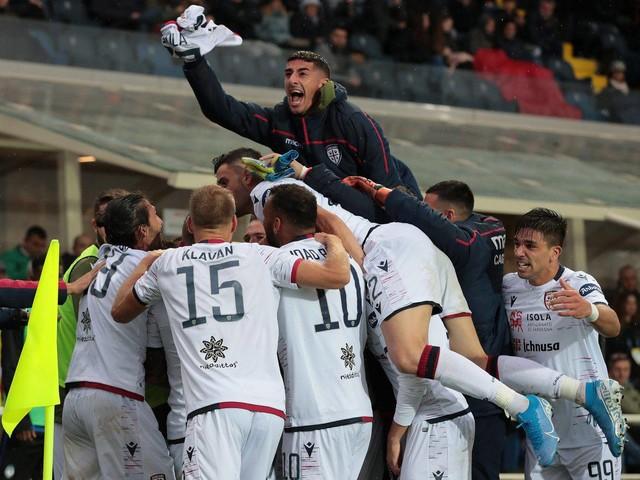 Cagliari-Fiorentina Serie A TIM: vederla in streaming e formazioni