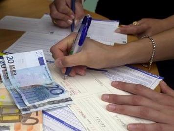 Stangata sulle famiglie: più 952 euro a famiglia da gennaio