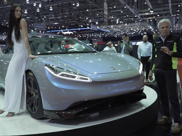 Lvci Venere - La limousine elettrica va all'asta giudiziaria