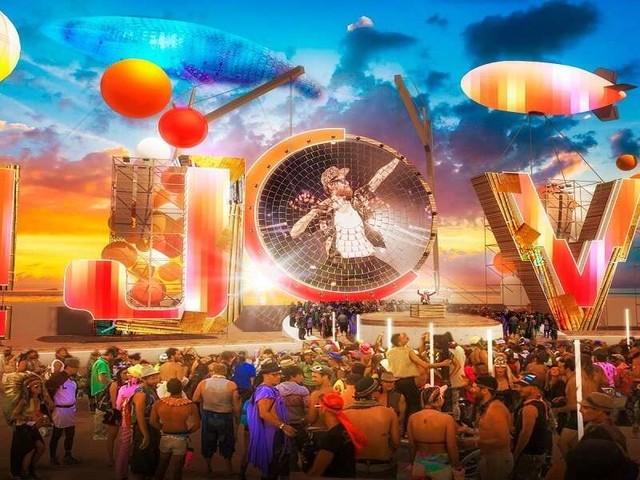 Jova Beach Party, Plan de Corones/ Scaletta, un'esperienza diversa dalle altre