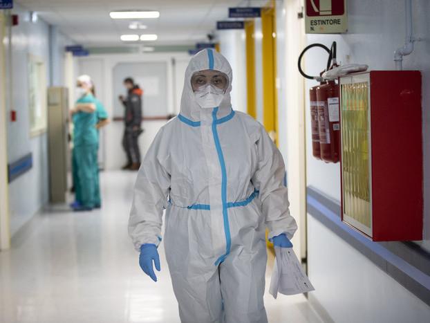 COVID: nuovo record contagi in E-R, 1.545 casi