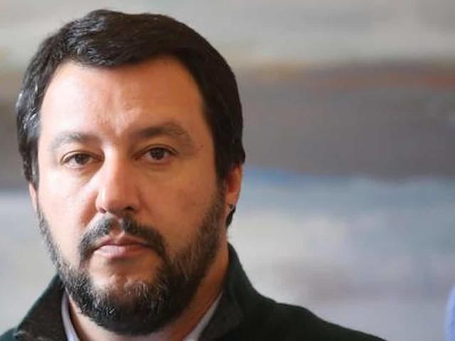 """Matteo Salvini assolto dall'accusa di vilipendio alla magistratura. """"Fatto tenue"""" secondo i giudici"""