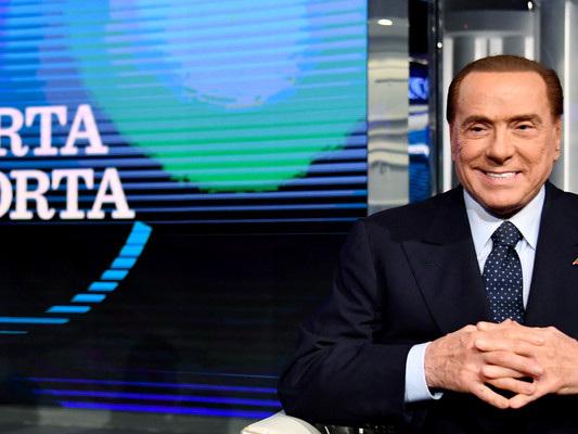 Toti-Carfagna, il tandem d'attacco di Berlusconi per salvare Forza Italia
