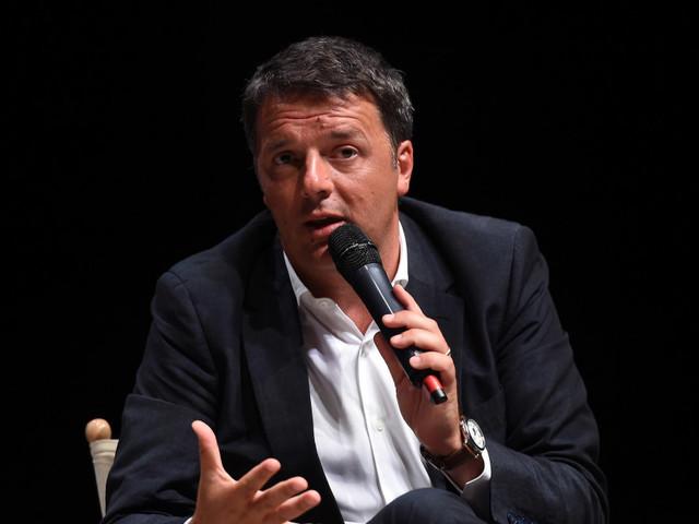 """Renzi non disturba Capalbio, toni soft e qualche applauso. A Franceschini: """"Non mi sembra di esser solo, se questa è solitudine, viva la solitudine"""""""