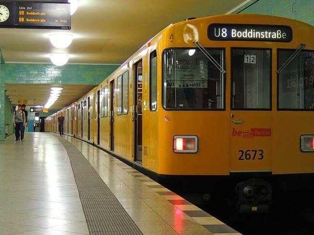 Metropolitana di Berlino: guida con mappa, orari e biglietti
