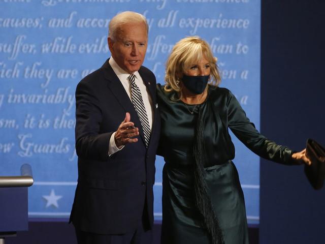 Joe Biden, l'uomo che «conosce il dolore» (e sfida Donald Trump)