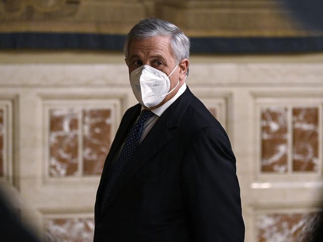 Forza Italia sposa la linea realista: adesso serve cautela sulle riaperture