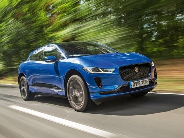 Tata smentisce vendita Jaguar Land Rover