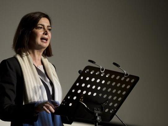 Boldrini: «Contro le violenze bisogna metterci la faccia». Domani alla Camera 1500 donne