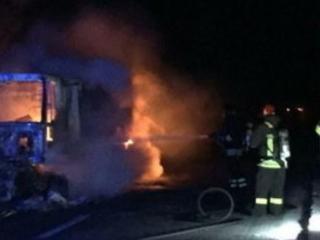 Savona, Tir brucia in galleria sull'autostrada A10: 32 persone intossicate