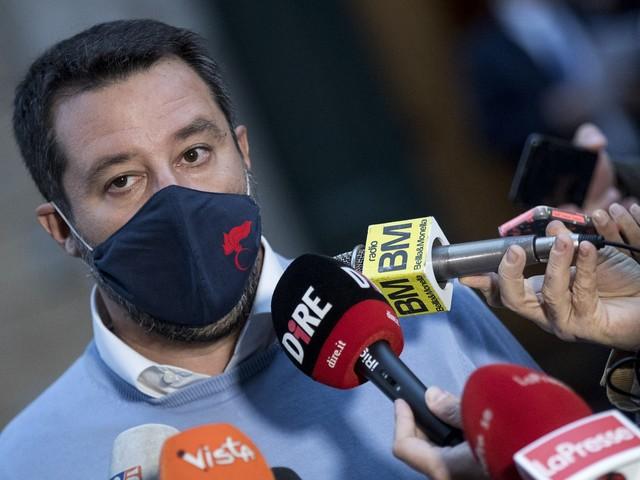 """L'attivismo di Salvini: incontro con i sindacati. Fi: """"Un bene per tutti"""""""