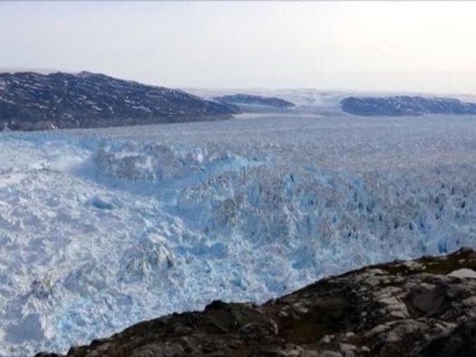 Groenlandia, il ghiacciaio di Helheim si scioglie: il video in timelapse