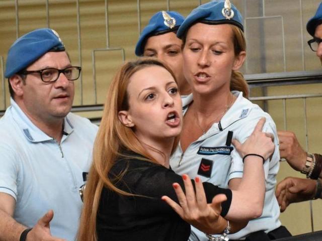 """Veronica Panarello: """"lucida e spietata"""" nell'uccidere Lorys"""