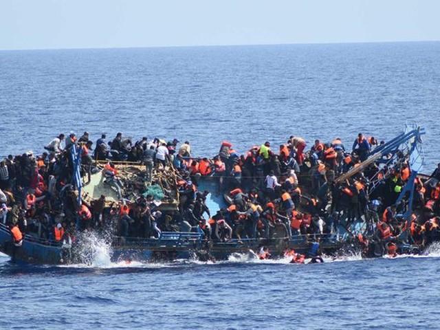 Alarm Phone: 67 migranti morti al largo della Libia