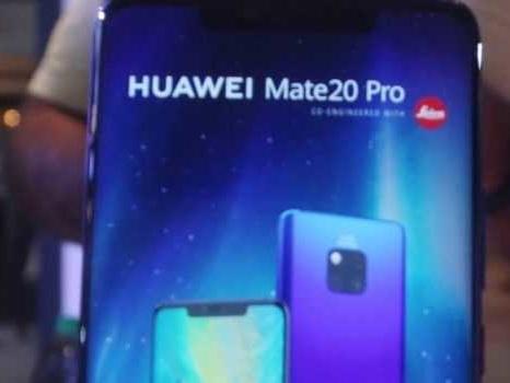 Enorme confusione su EMUI 10 per Huawei Mate 20 Pro: risposta ufficiale su beta e rilascio finale