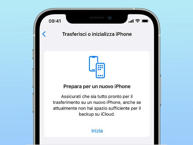 Acquistato un nuovo iPhone? Apple regala spazio illimitato iCloud per trasferire il backup