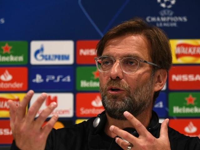 """Liverpool, indicazioni di Klopp su Lovren e poi una battuta: """"Arbitro donna? La aiuteremo, sennò mia mamma…"""""""